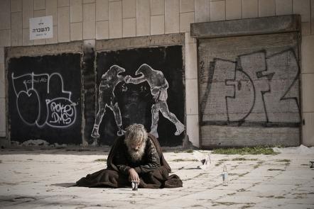 homeless-2223116_960_720
